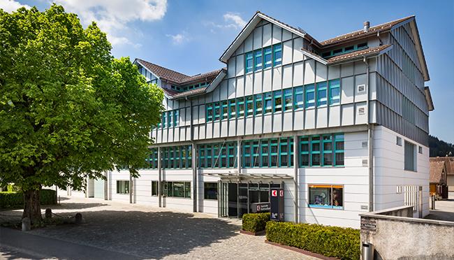 Newsbild Bankgebäude_neu_Frühjahr